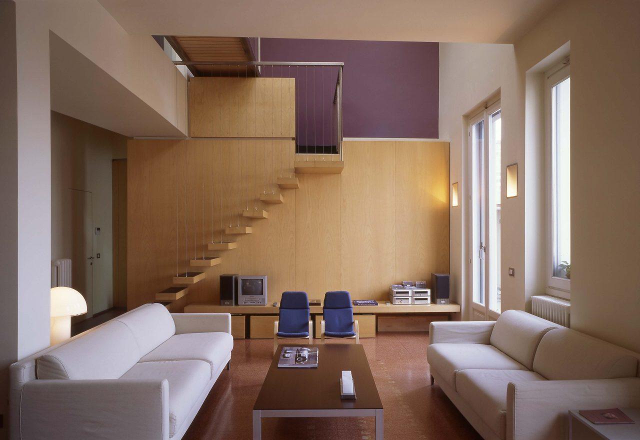 Una favolosa mansarda affacciata su milano for Colori interni casa moderna
