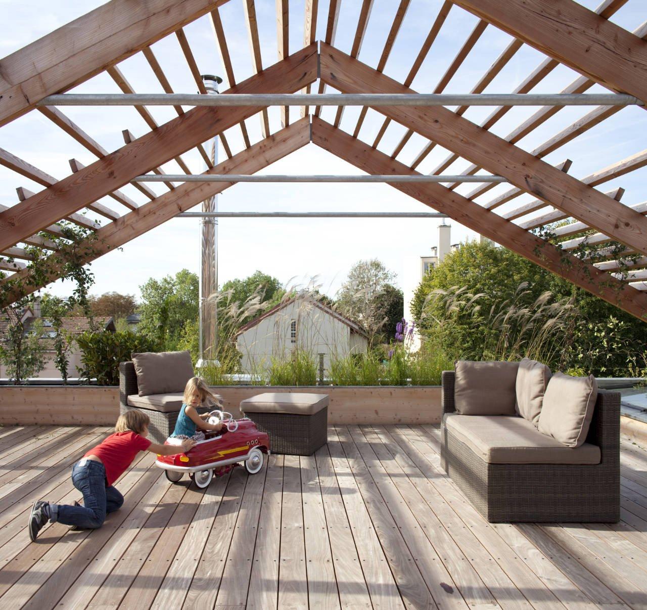 come ripararsi dal sole in terrazza tende pergole e gazebo. Black Bedroom Furniture Sets. Home Design Ideas
