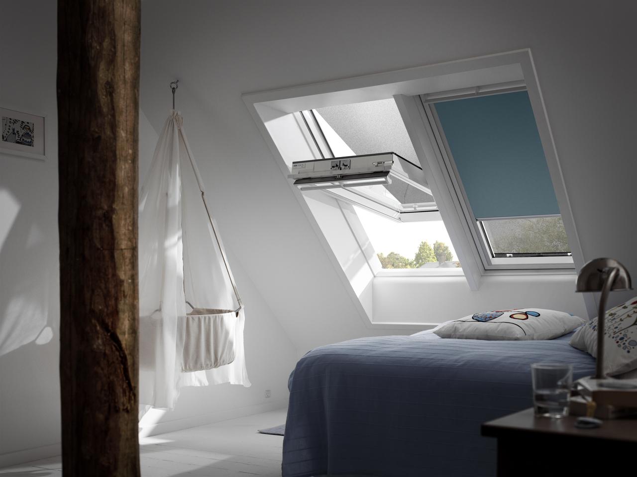 Come oscurare una stanza dove sono presenti finestre per for Finestre velux per tetti