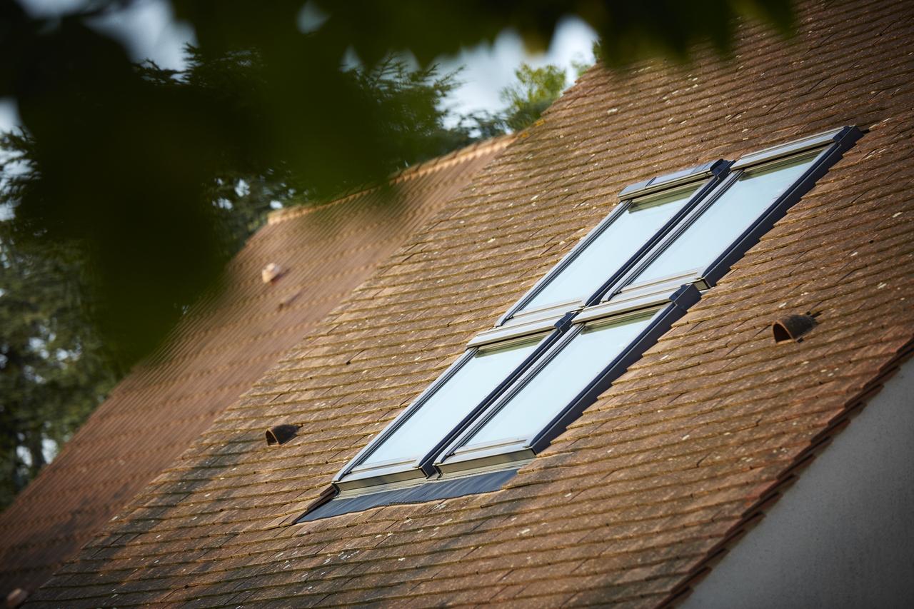 Quali prodotti velux funzionano con motore solare for Finestre velux foto
