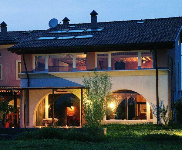 Foto mansarde idee e ispirazioni for Finestre x tetti