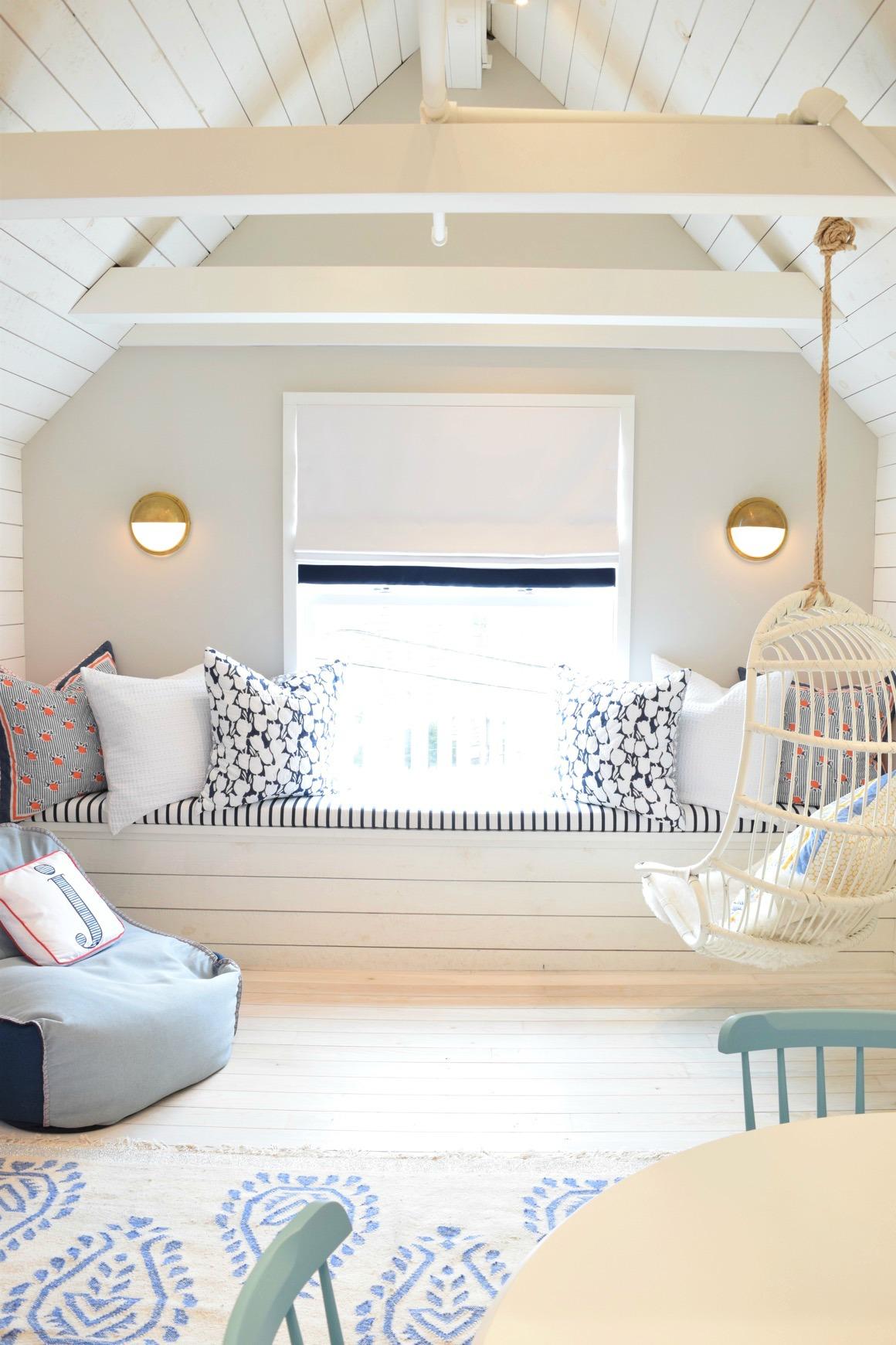 Come scegliere i colori giusti per la mansarda - Cambiare colore ai mobili di legno ...