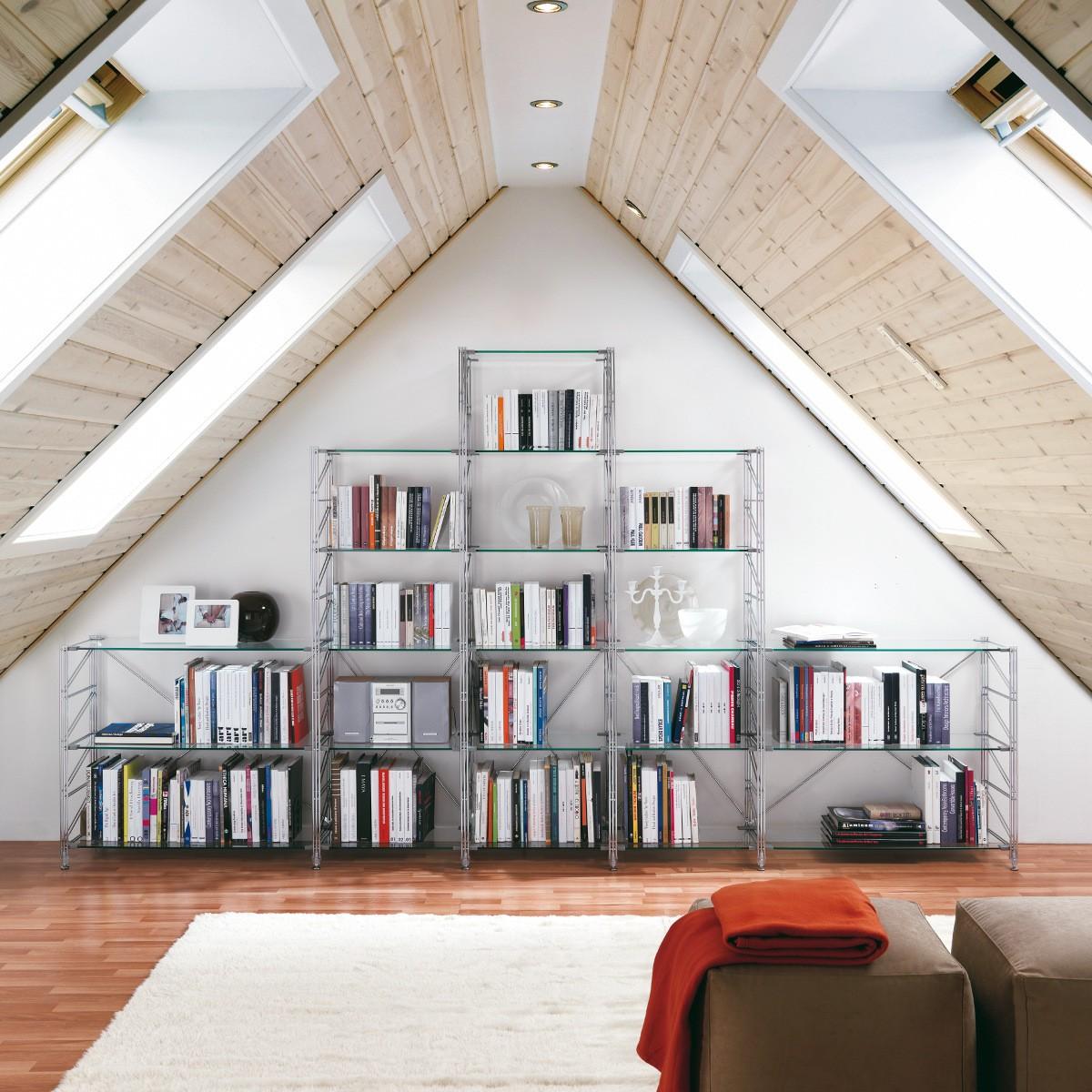 Librerie per la mansarda for Libreria velux