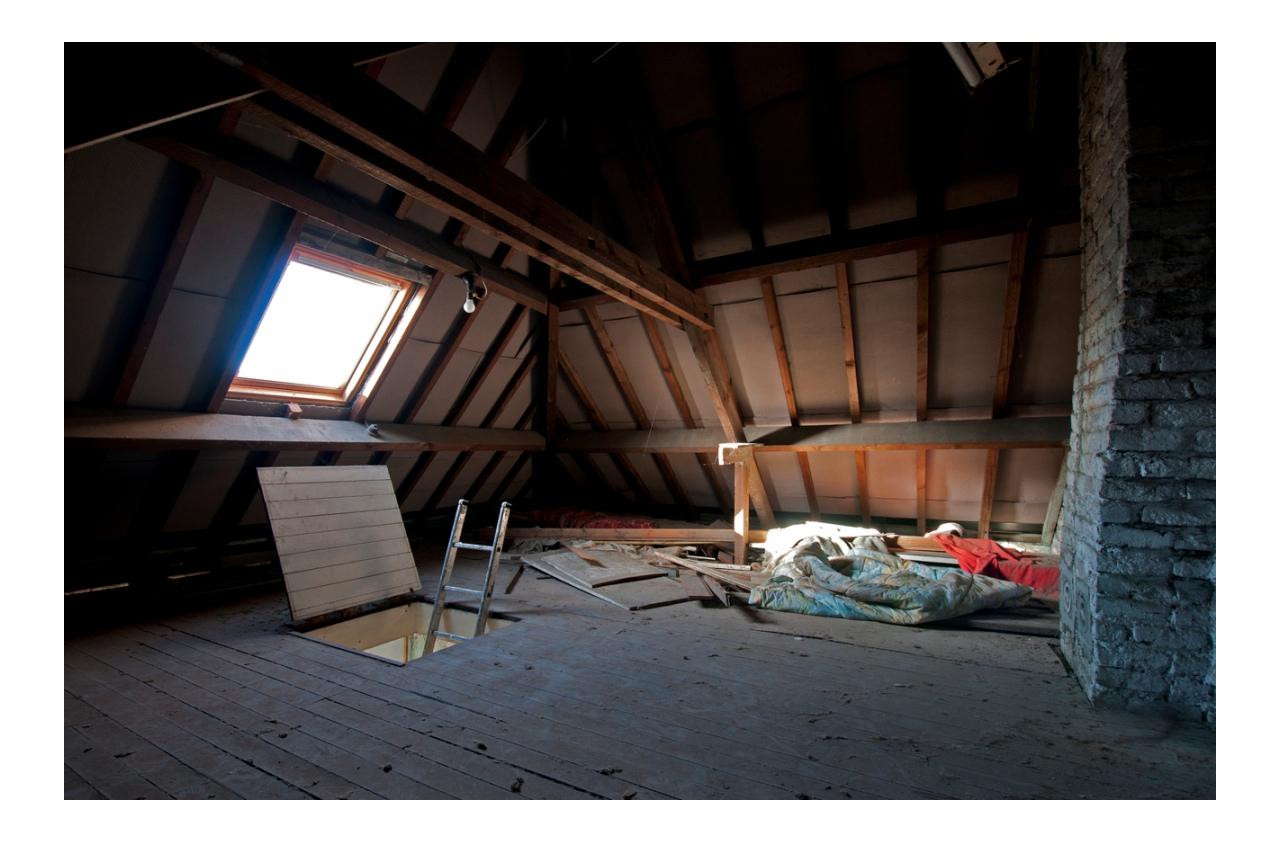 Altezza minima mansarda for Dimensioni finestre velux nuova costruzione