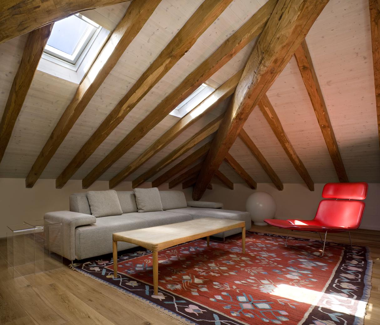 Il recupero di un antico casale ligure for Arredamento per sottotetto