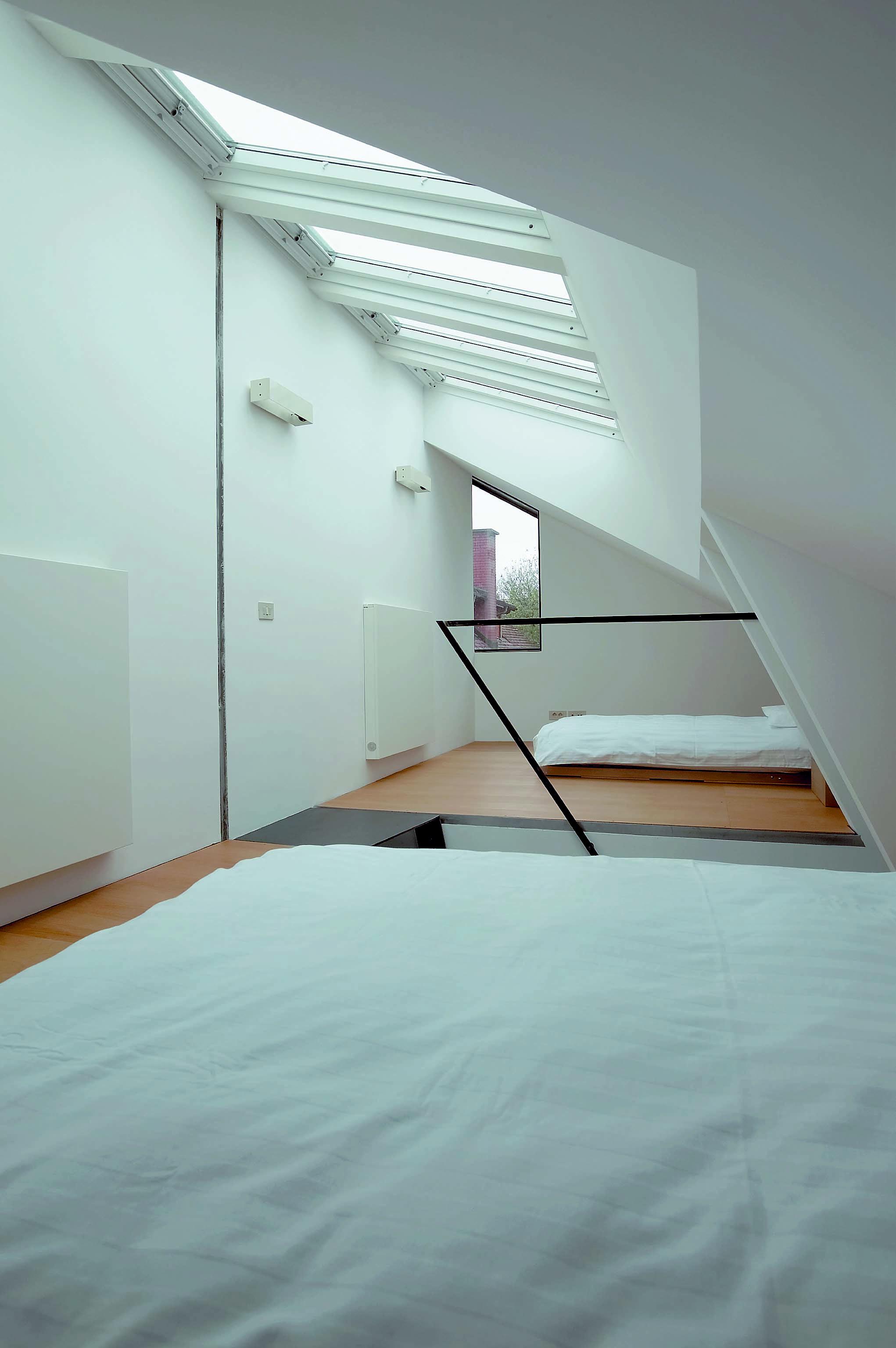Al piano superiore due stanze da letto con letti matrimoniali