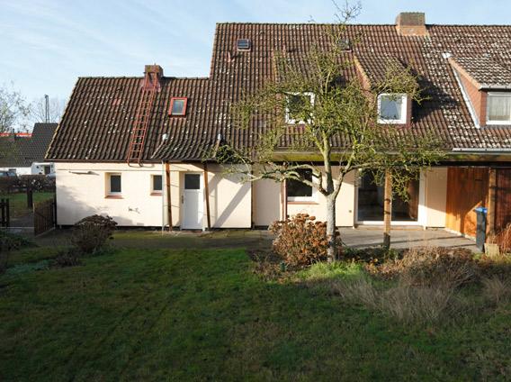 Recupero e ampliamento di una casa colonica for Semplici piani di una casa colonica
