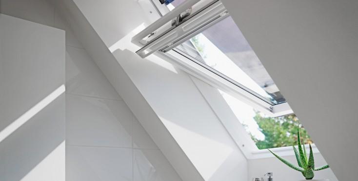 come abbattere il caldo estivo che entra dalle finestre