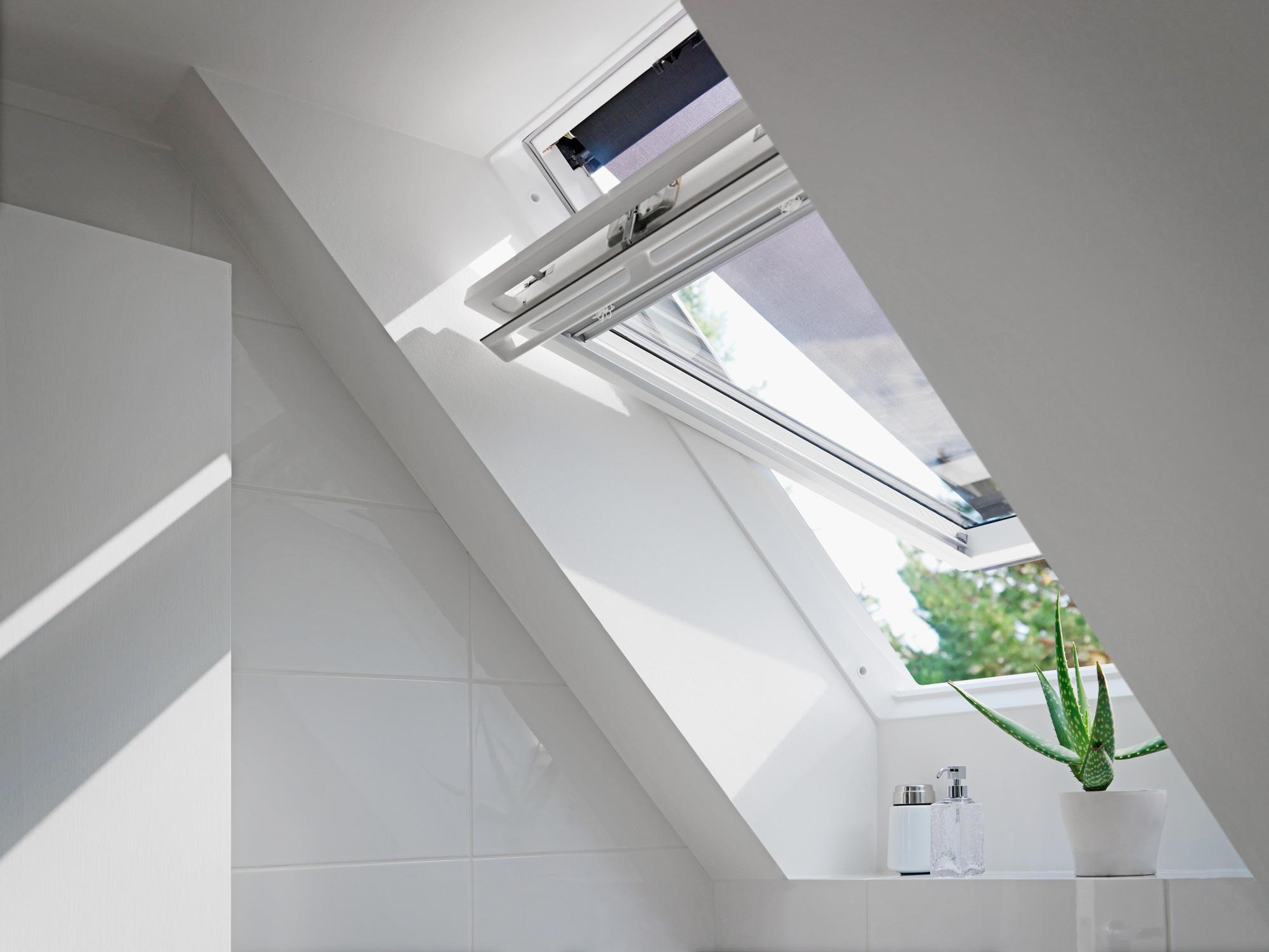 Come abbattere il caldo estivo che entra dalle finestre per tetti ...