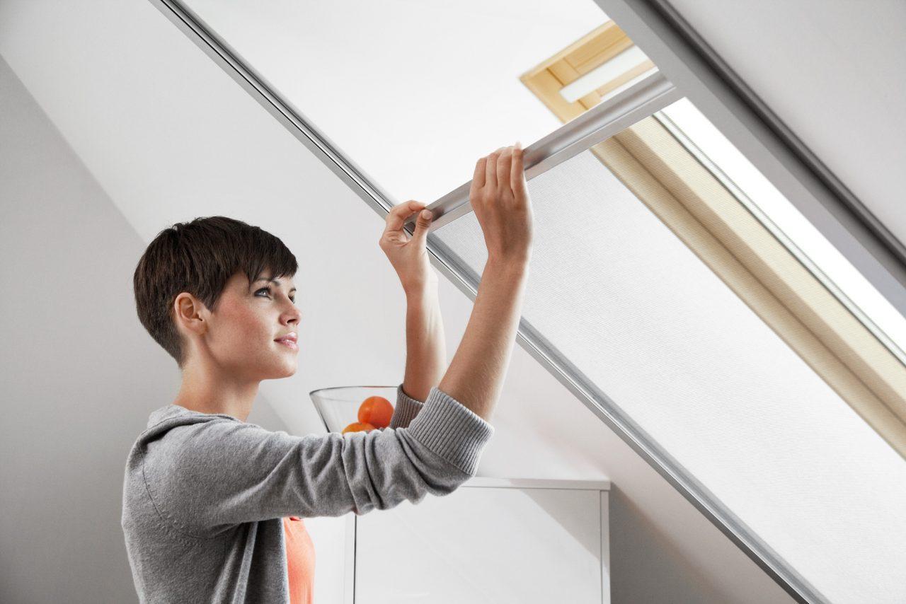 Zanzariera velux per finestre a tetto for Finestre velux detrazioni fiscali