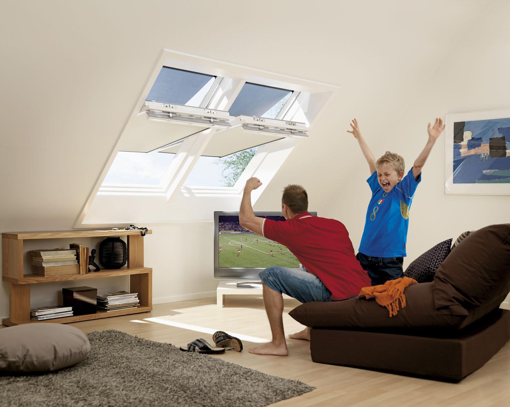 Tende abbinate parasole e oscurante for Tende per finestre sottotetto