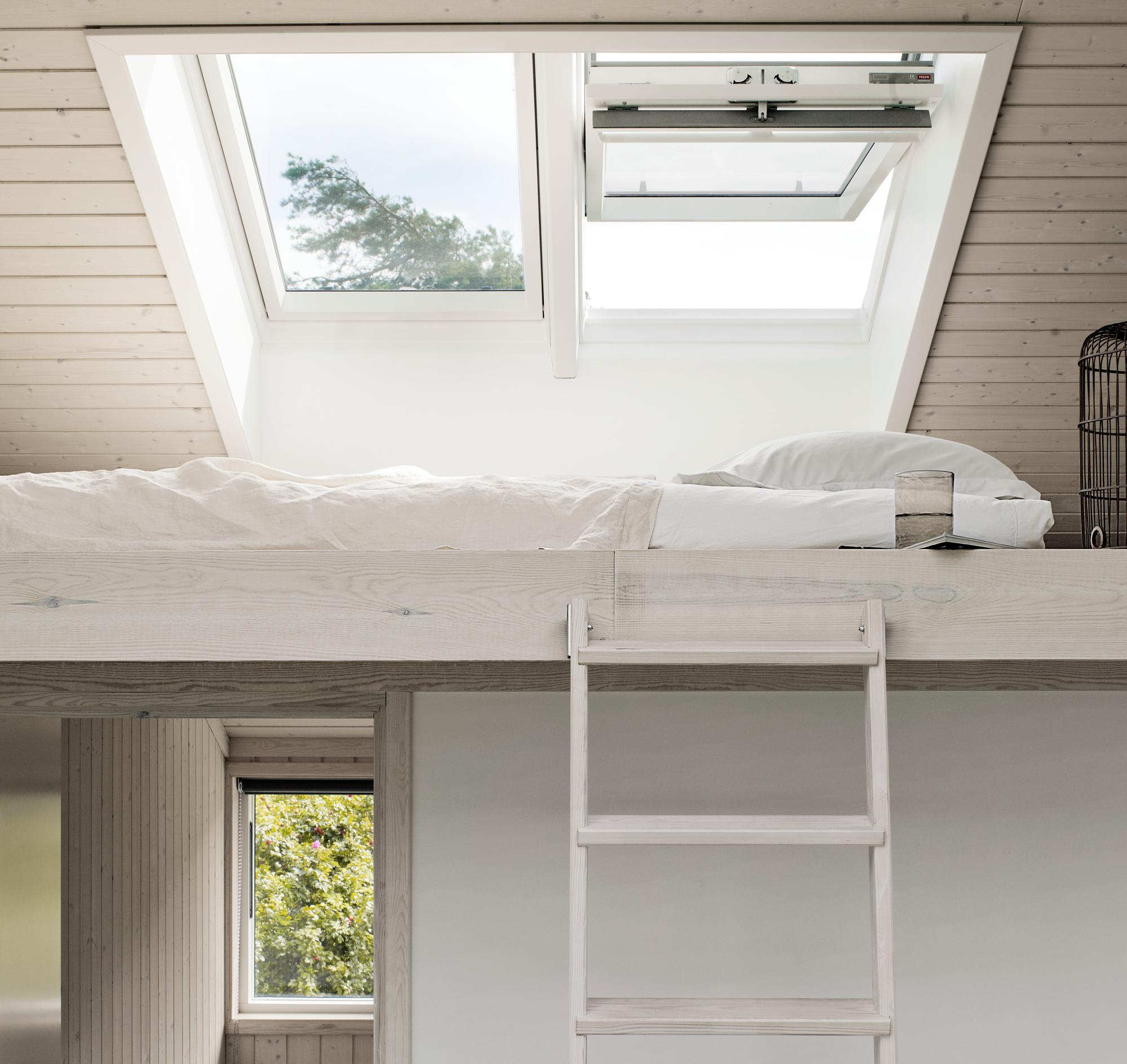 Legge sul recupero dei sottotetti costruire e alzare un sottotetto - Quanto costa una finestra velux ...