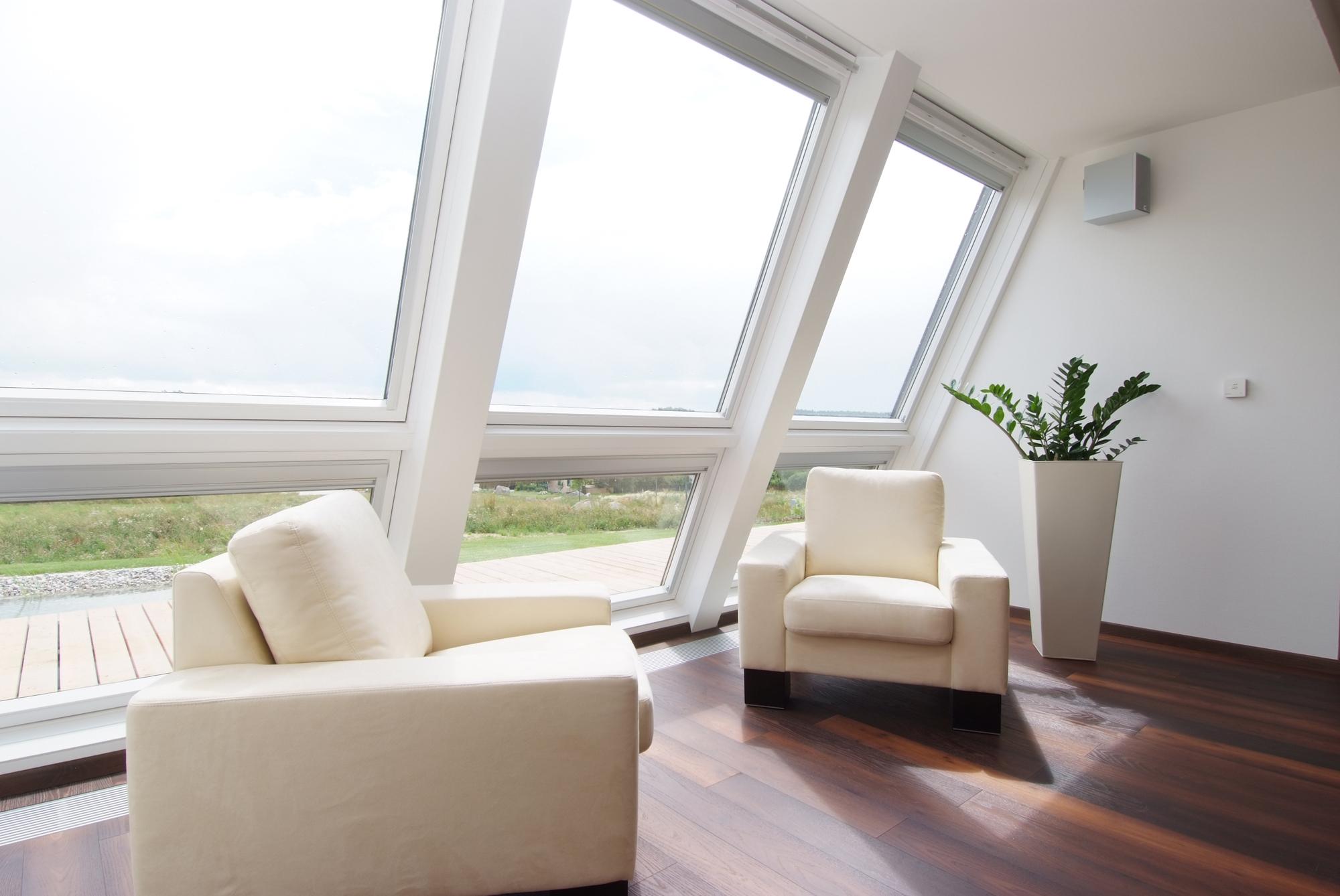 Chiusura di una terrazza a vasca nella copertura casa luce - Quanto costa una finestra velux ...