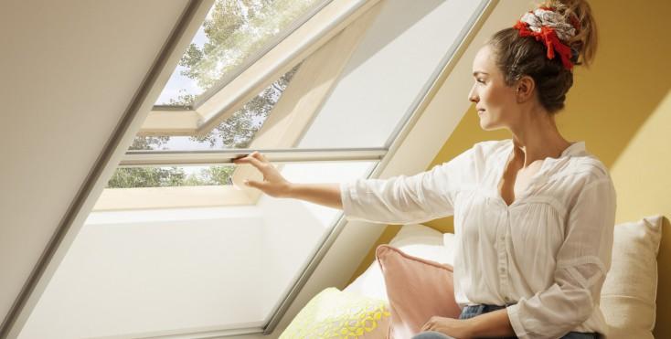 estate in mansarda tende parasole e oscuranti. Black Bedroom Furniture Sets. Home Design Ideas
