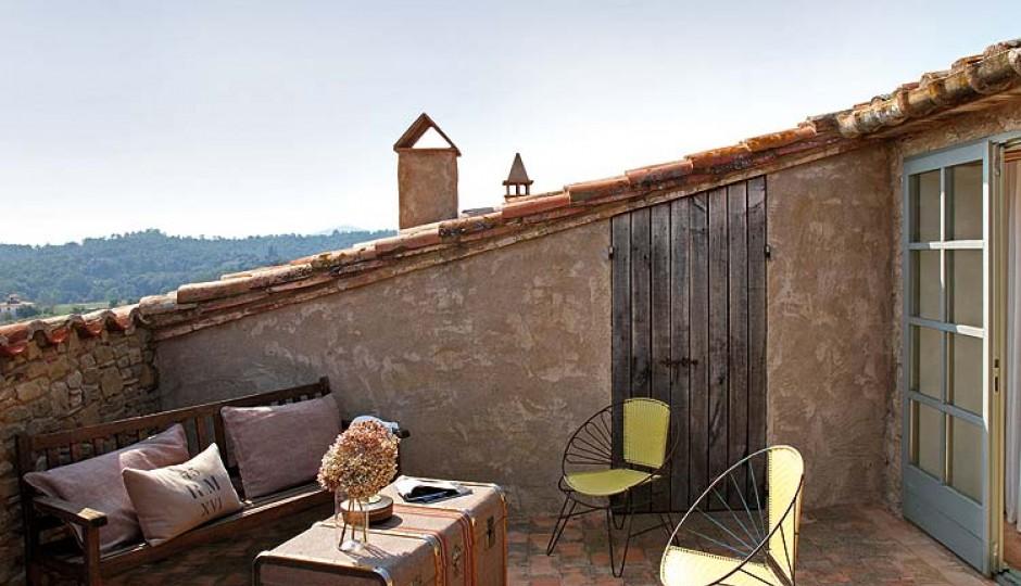 Terrazze in mezzo ai tetti for Immagini di case arredate