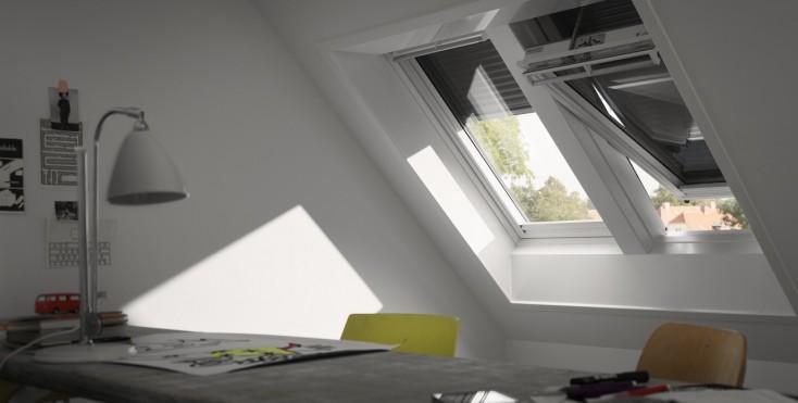 Protezioni esterne velux integra elettriche e solari - Finestre sui tetti ...
