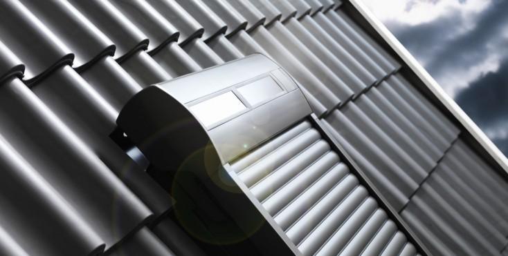 Quale tipo di tapparella manuale elettrica o solare for Lucernario elettrico velux