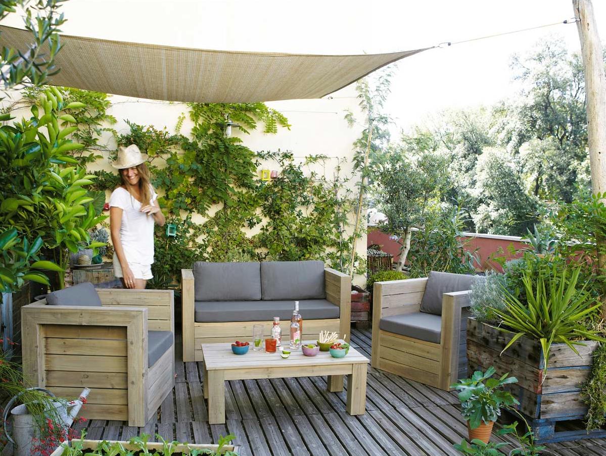 La terrazza perfetta per l 39 estate - Divanetto da balcone ...