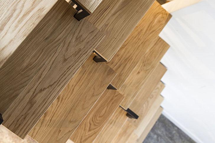 Mieke-Meijer-Suspended-Stairs-Storage-6