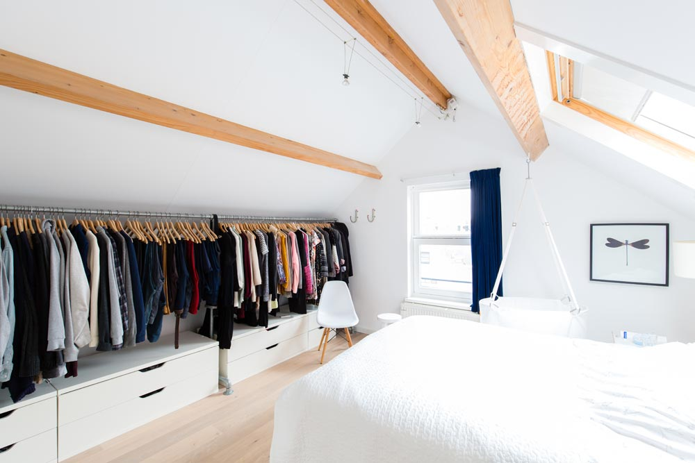 Idee Per Arredare Una Cabina Armadio : Modi per organizzare il guardaroba in mansarda mansarda