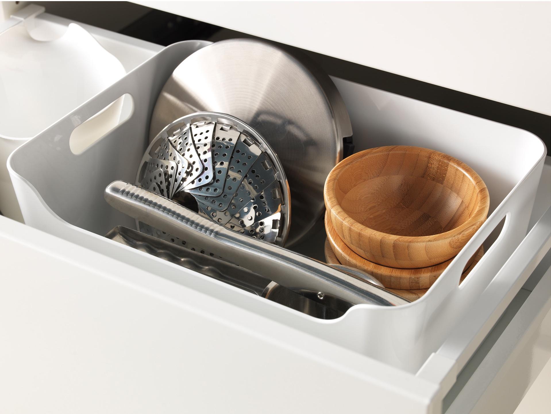 3 idee per ricavare spazio in cucina for Ikea scatole plastica