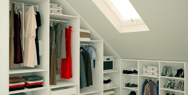 6 modi per organizzare il guardaroba in mansarda for Arredare mansarda ikea