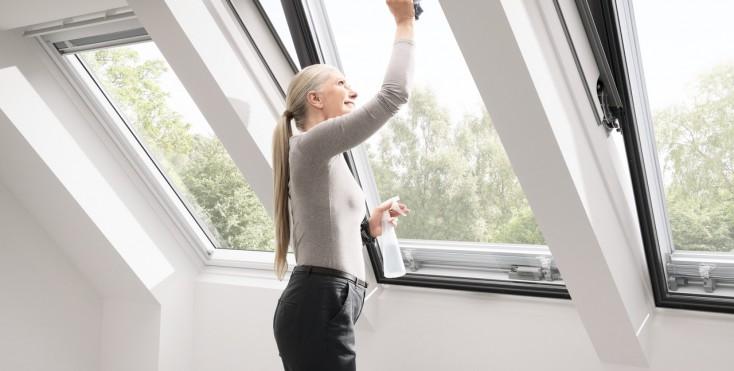 Come mantenere una finestra velux sempre come nuova for Finestre x tetti