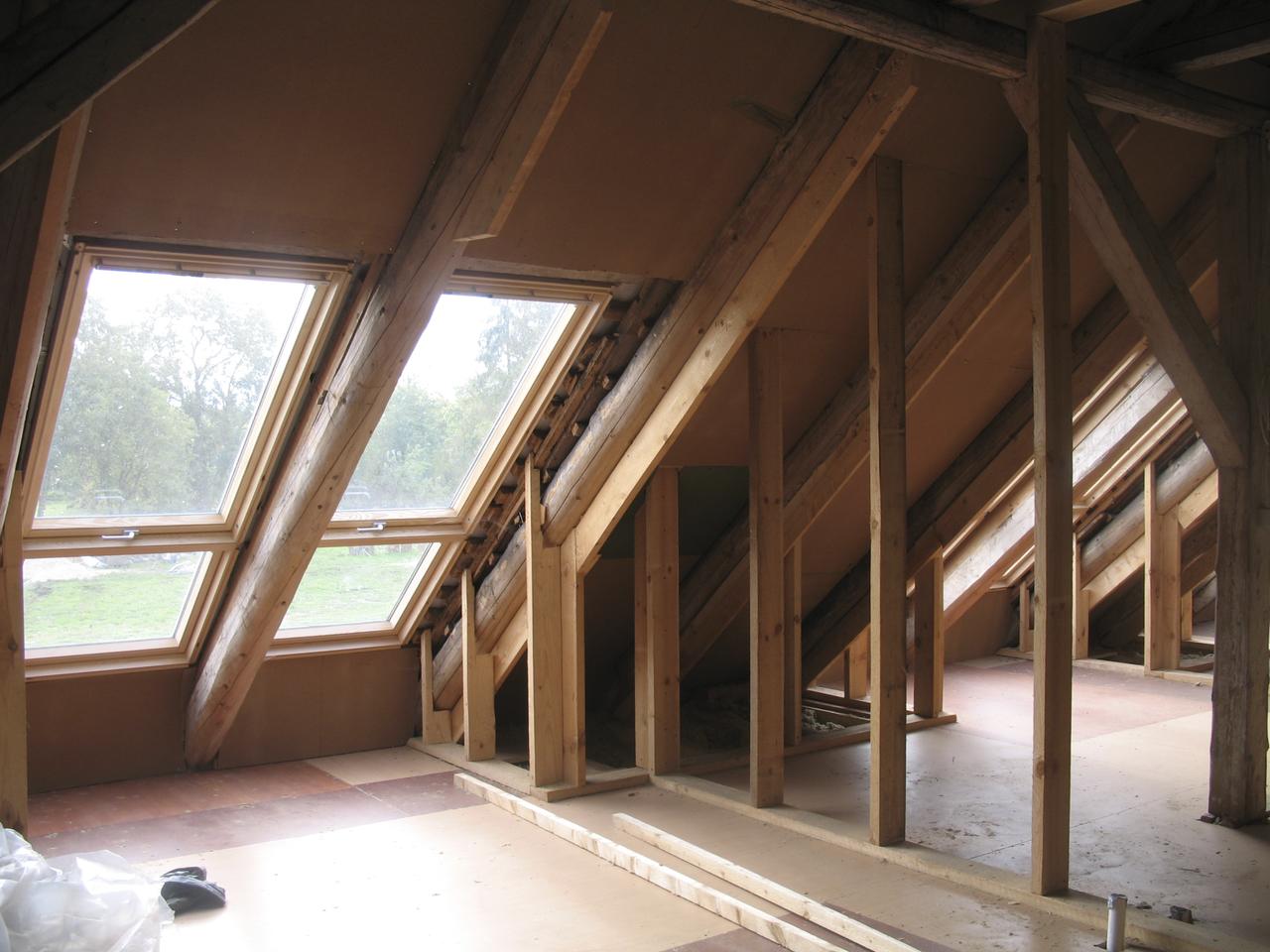 Leggi regionali per il recupero dei sottotetti for Log planimetrie nuove case