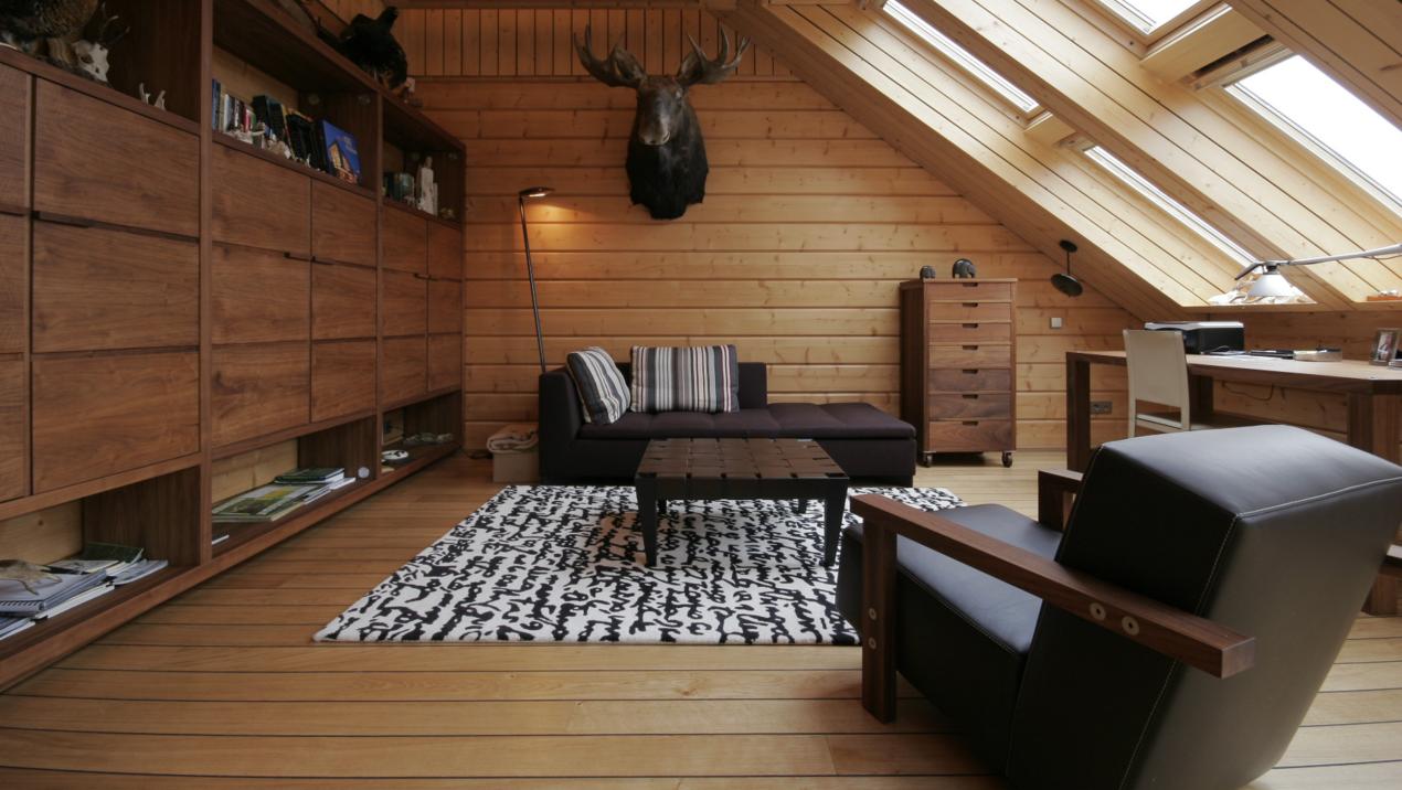 La mansarda in legno - Arredare ufficio idee ...