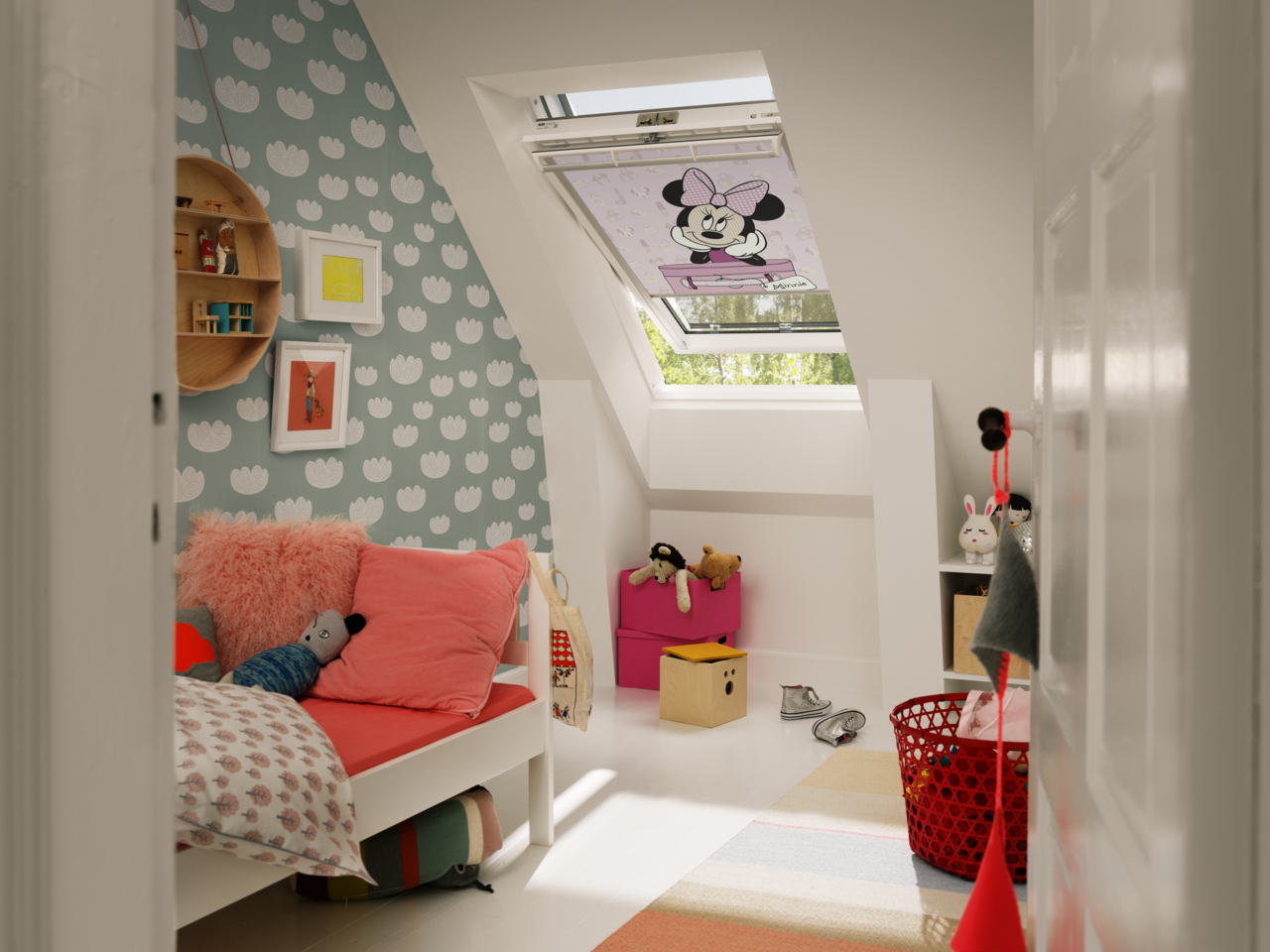 Realizzare una cameretta in mansarda - Camera da letto sottotetto ...