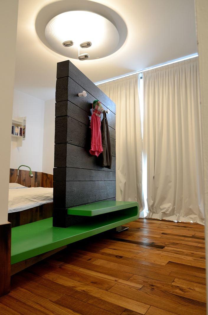 Un loft su due piani a brescia - Camera da letto sottotetto ...