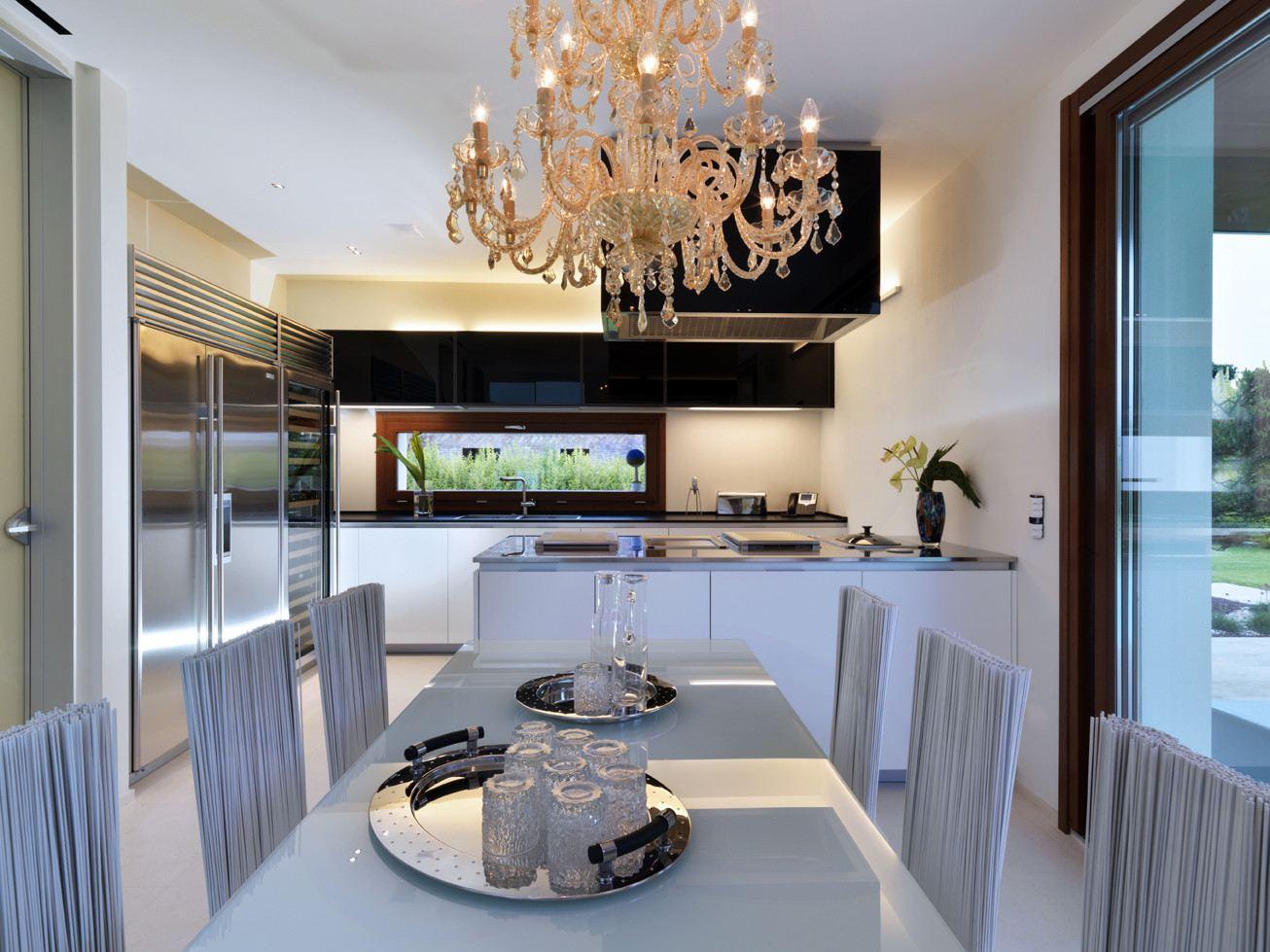 La casa della luce a bologna for Dining room y sus partes