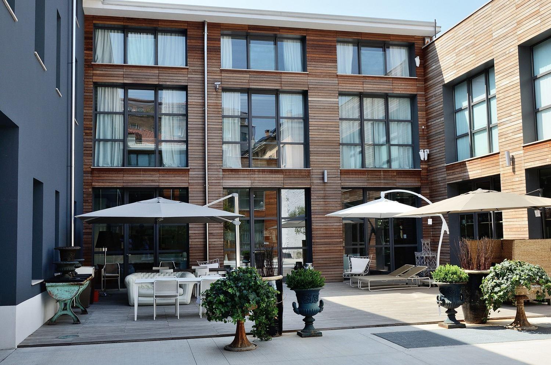 Un loft su due piani a brescia for Piani loft appartamento
