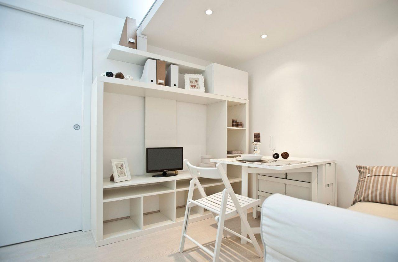 10 idee per vivere in piccoli spazi - Arredamento mansarda ikea ...