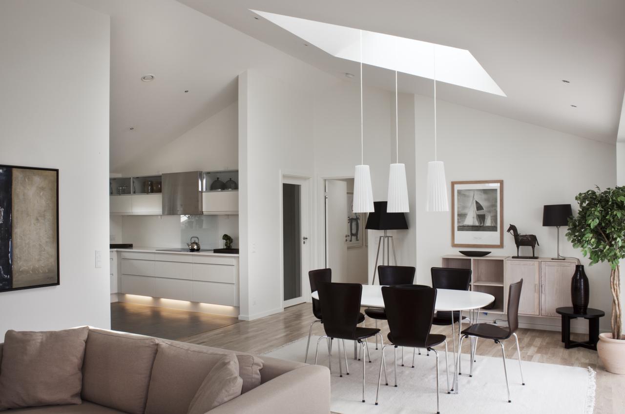 Bilanciare stile e comfort in mansarda - Lamparas para salon modernas ...