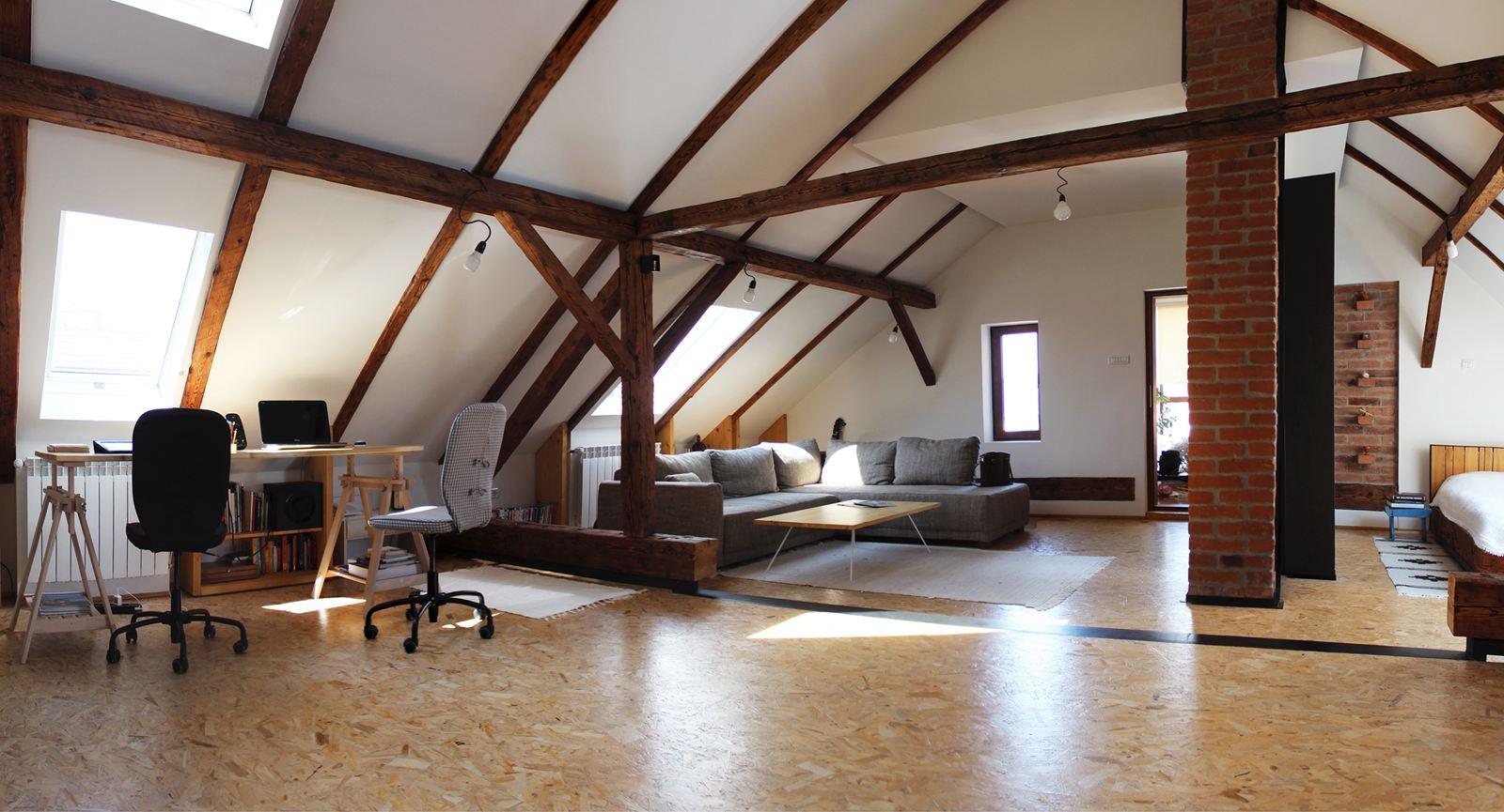 Una mansarda tra moderno e antico for Lo space senza pareti