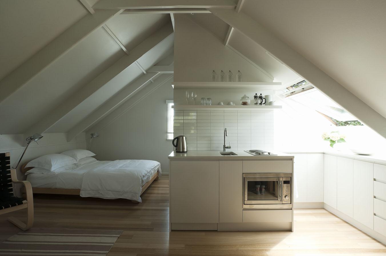 Un mini loft sopra il garage for Progetti di loft di stoccaggio garage
