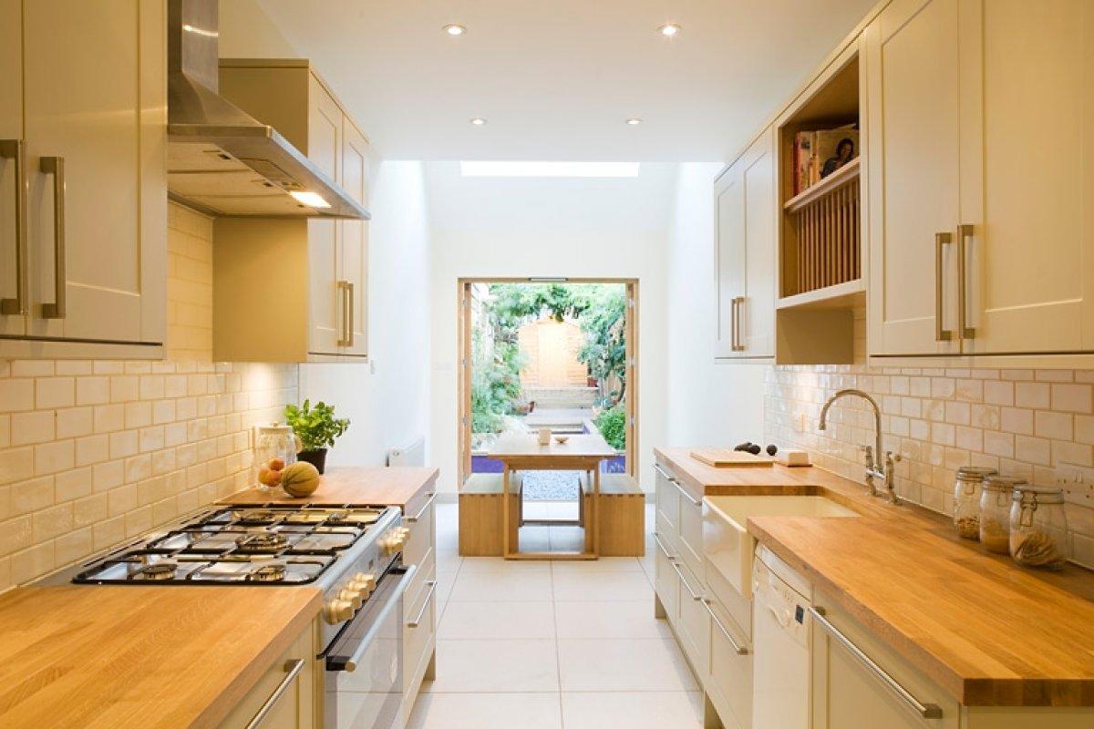Una piccola casa a schiera a londra for Arredare cucina piccola e stretta