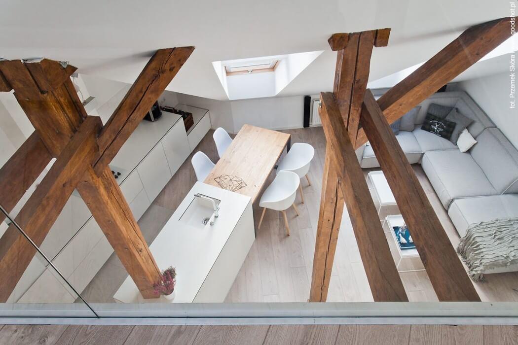 008-attic-renovation-dominika-trzci-1050x700