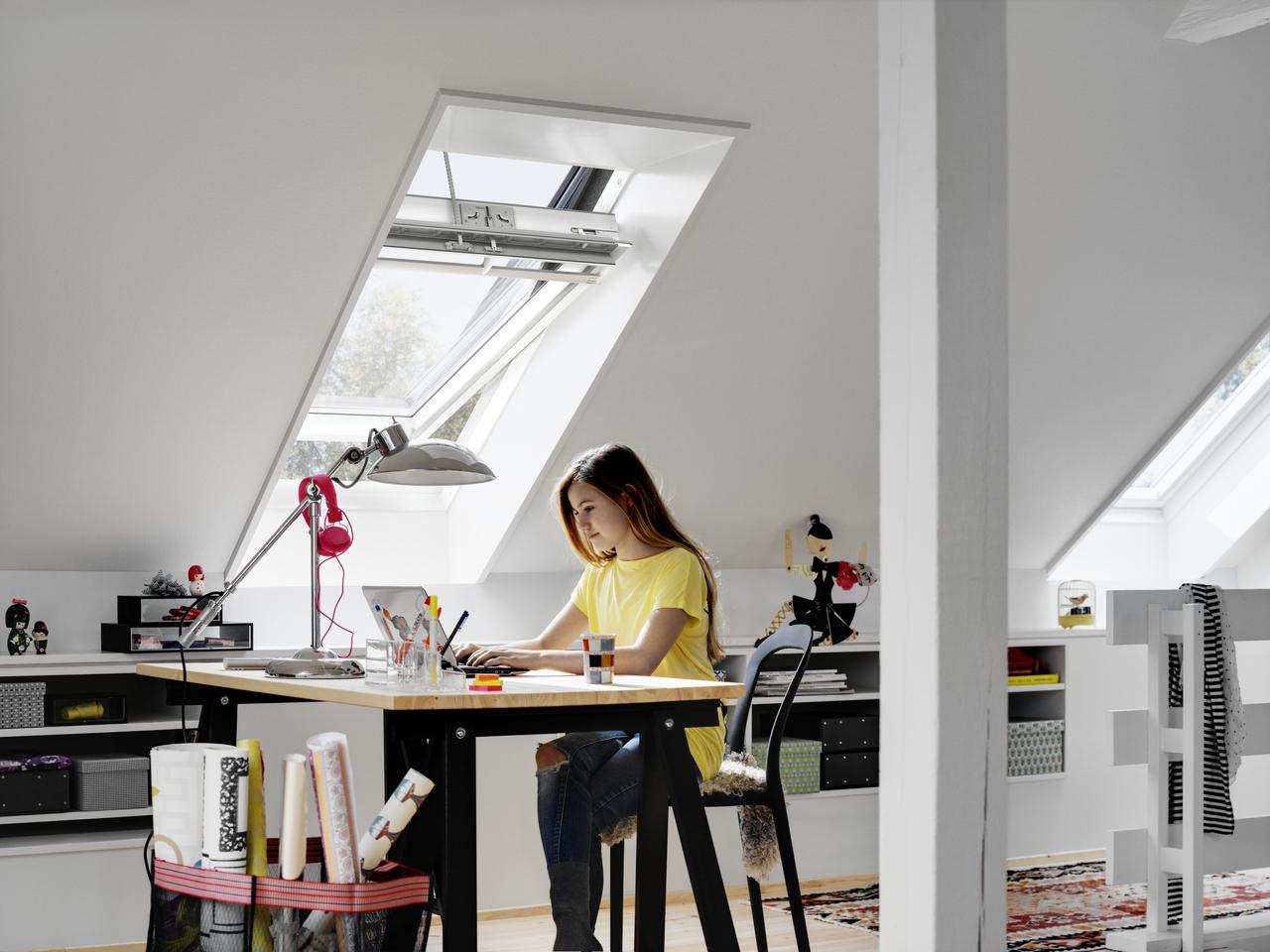 Studiare in mansarda for Arredare stanza studio
