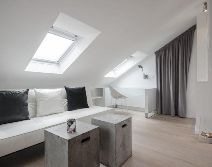 Salotto in bianco e grigio for Salotto bianco