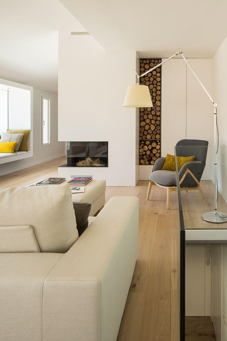Un attico su due livelli con terrazzo for Piano aperto su due livelli