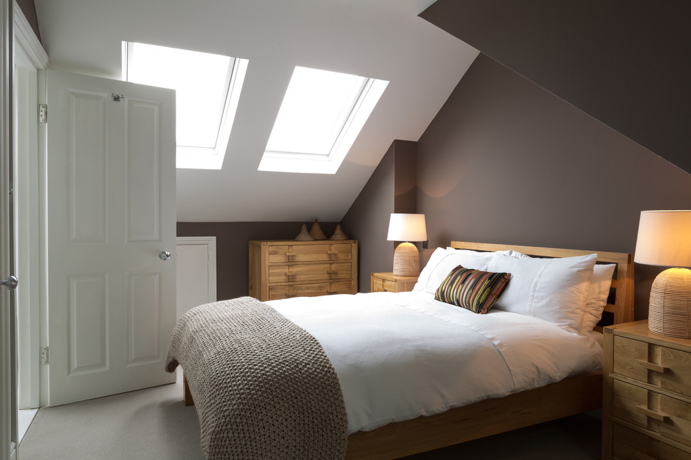 bedroom-color-schemes-Bedroom-Transitional-with-angled-ceilings-angles-attic