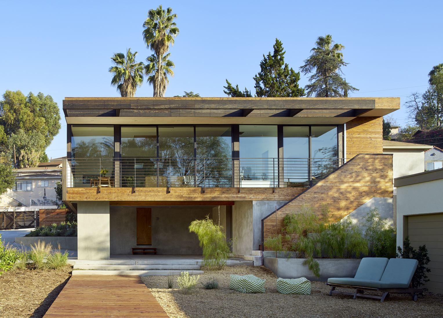 Recupero e ampliamento di un loft con vista for Piani di casa ranch unici