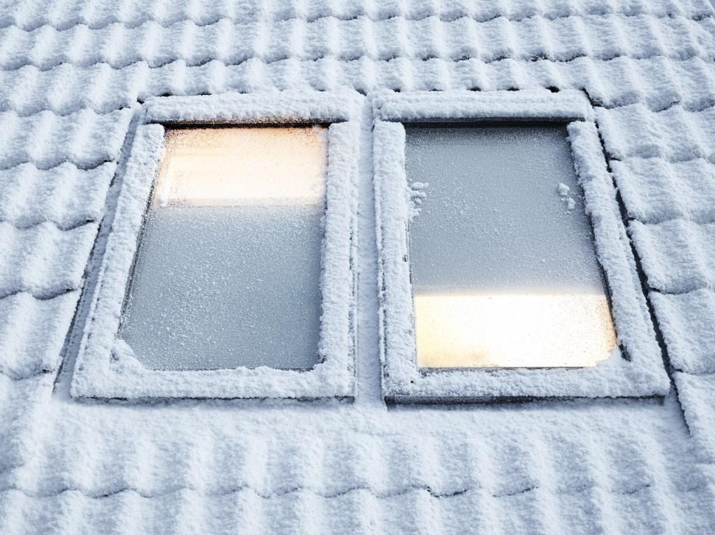 Come ridurre i consumi energetici invernali in mansarda - Finestre sui tetti ...