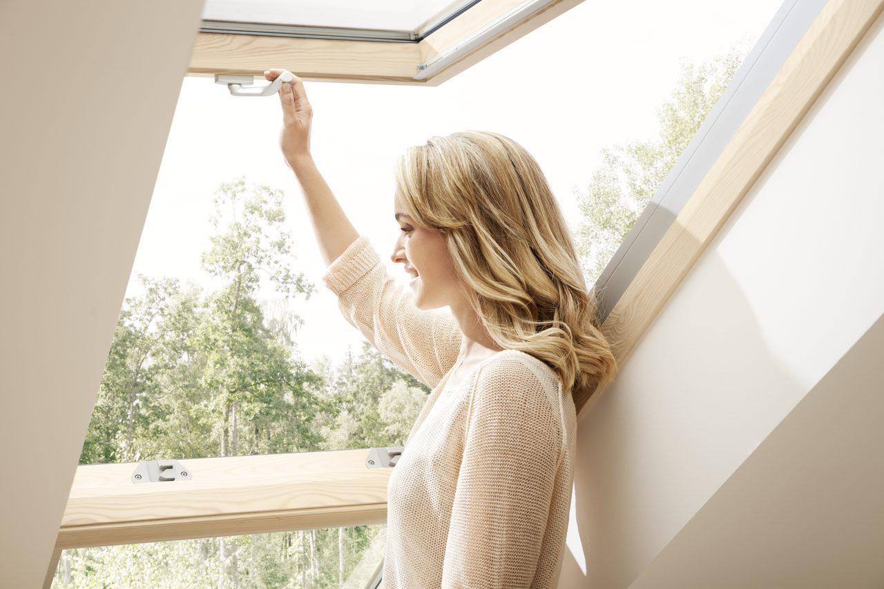 Finestra balcone velux - Quanto costa una finestra velux ...