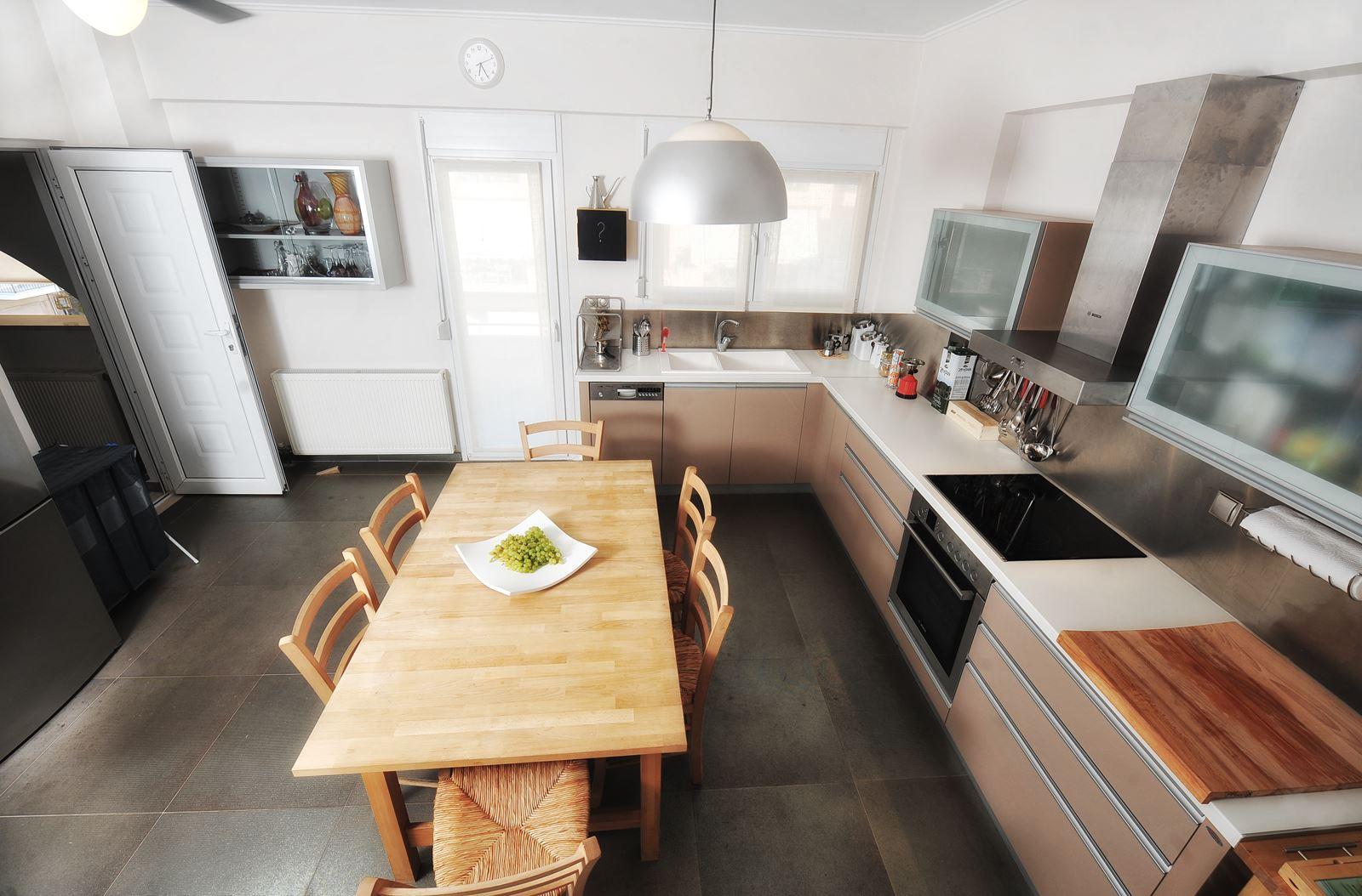 Top stunning cucine moderne per mansarde consigli with cucine per mansarde - Cucine per mansarde basse ...