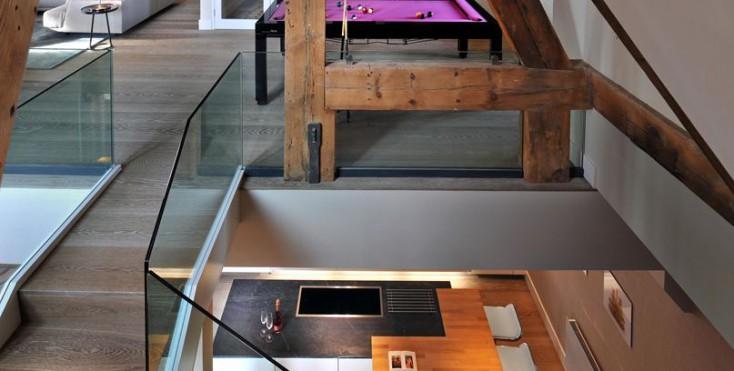 Una casa su tre piani con mansarda for Piccoli piani di casa di tronchi con soppalco