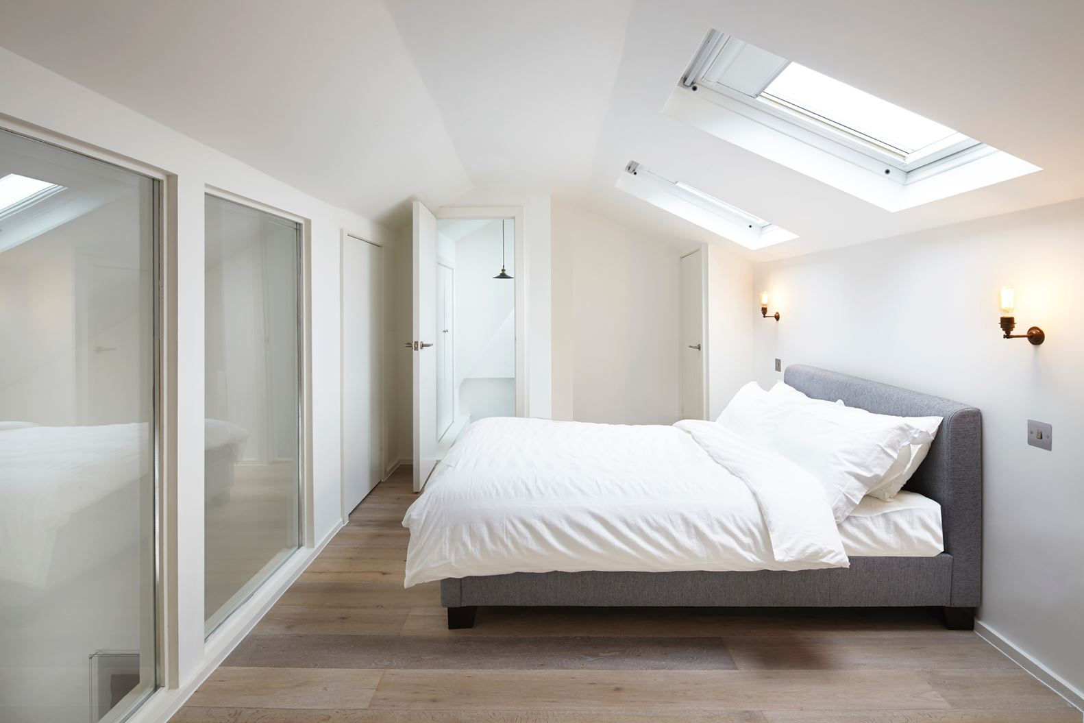 Un attico moderno in un palazzo antico   mansarda.it