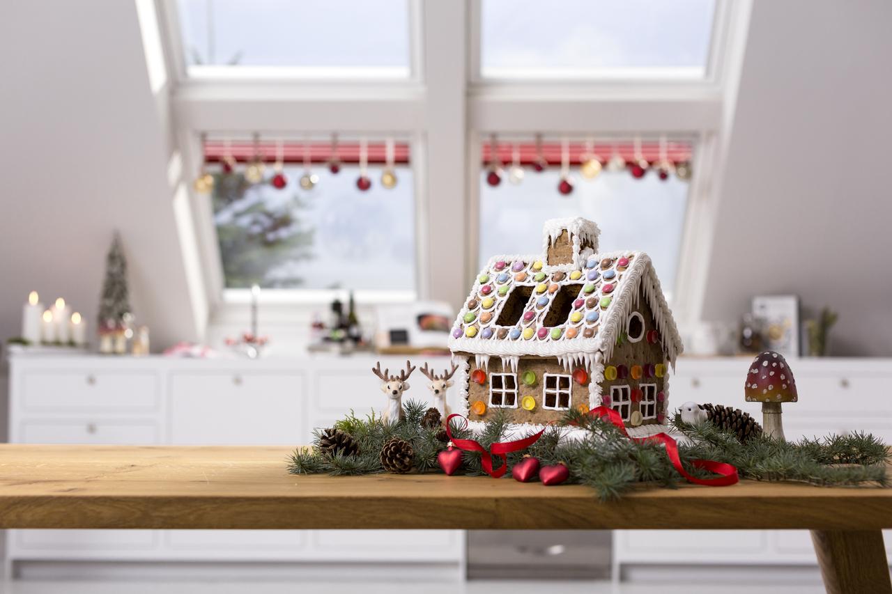 Natale in mansarda - Addobbare le finestre per natale ...